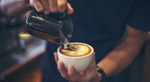 Il galateo del caffè: regole e buone maniere
